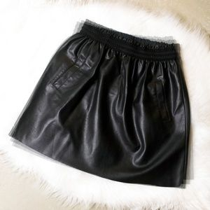 ZARA FAUX LEATHER MINI SKIRT W/ POCKETS